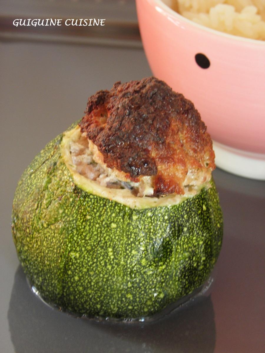 Courgette ronde farcie la viande de veau ricotta - Cuisiner courgettes rondes ...